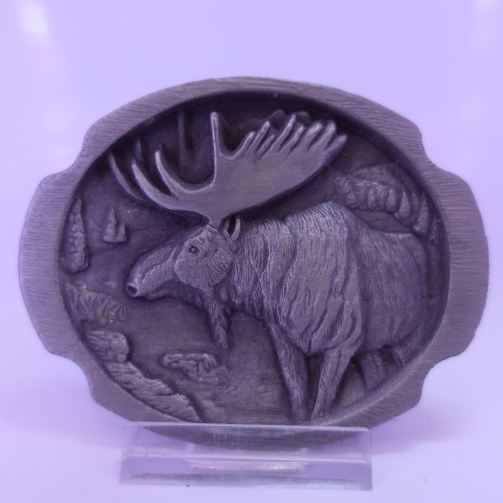Moose buckle